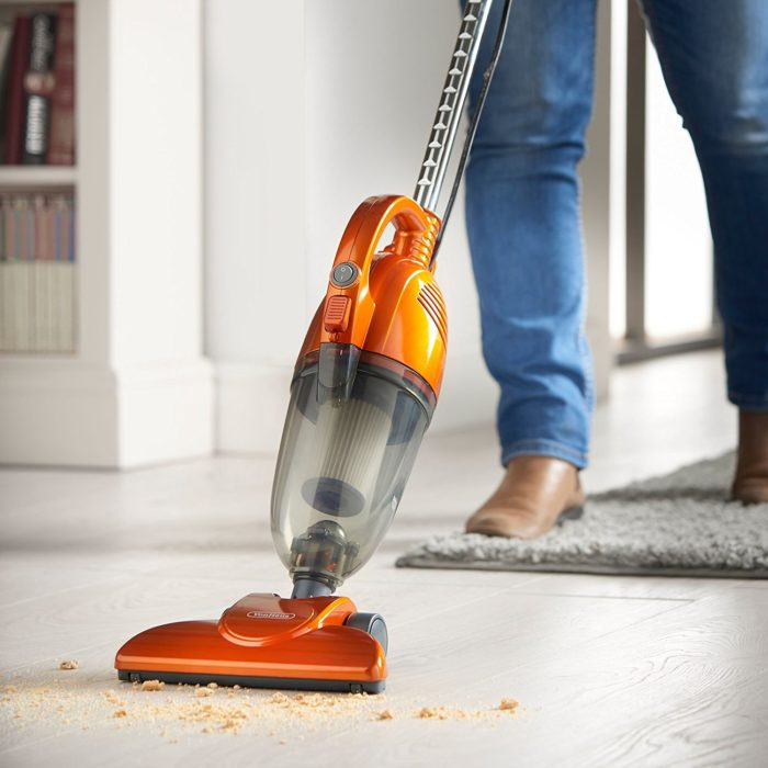 VonHaus 2 in 1 Vacuum Cleaner under 50 dollars